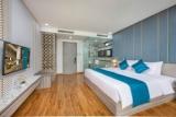 CALIX HOTEL