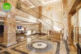 Khách sạn Monarque