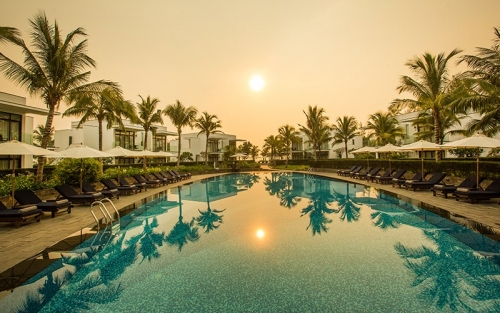 Top seaside resorts in Da Nang for your summer vacation 6